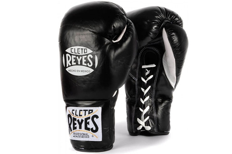 Lace Combat Gloves, Reyes