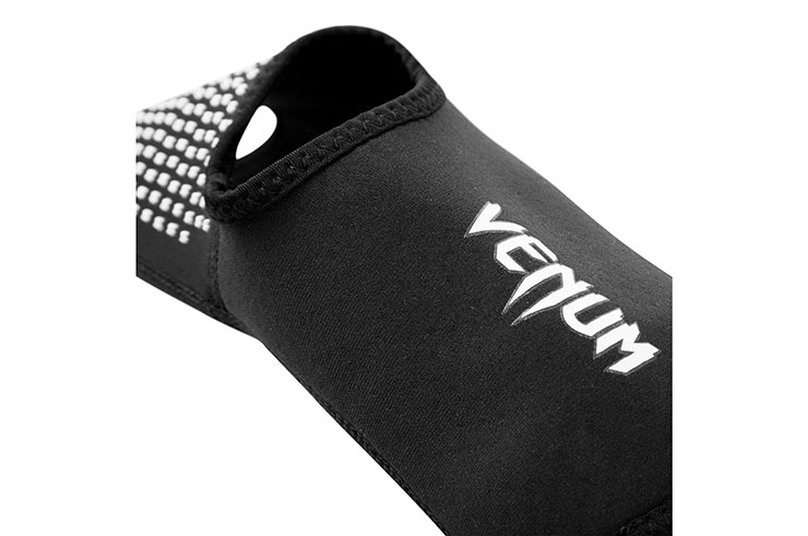Black Foot Grips ''Kontact Evo'' Venum