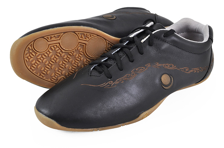 HuaJin Kung-fu Shoes, Black and Gold