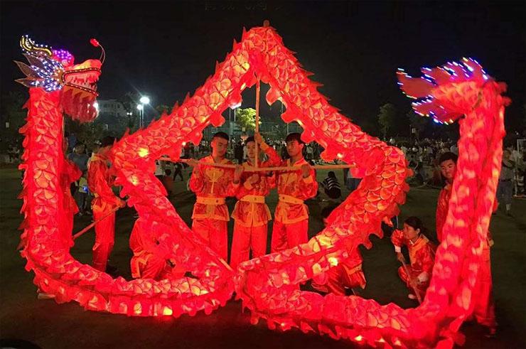 Dragón Luminoso - Rojo y Oro, 7 Personas